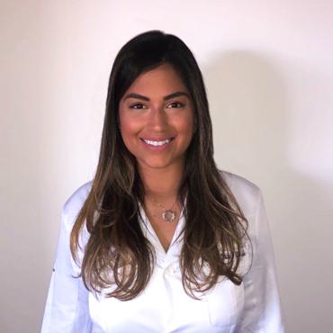 Dra. Ana Letícia Ferreira Cândido Bandeira
