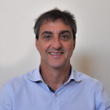 Dr. Eduardo Kestelman